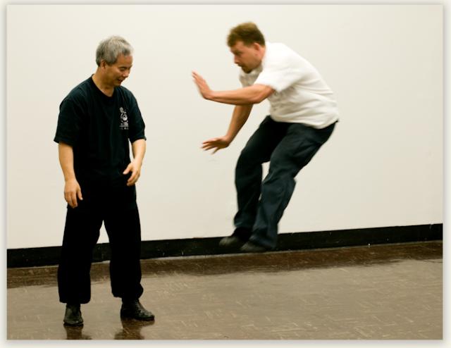 A Yi Chuan 'Bounce'
